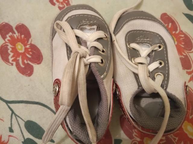 Lote de 7 calçados de menino - Foto 6