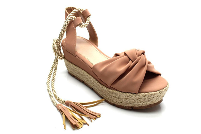 Sandália flatform corda