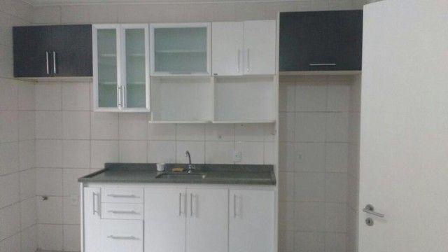 VENDE-SE excelente apartamento no edifício COSTA BRAVA no bairro GOIABEIRAS.
