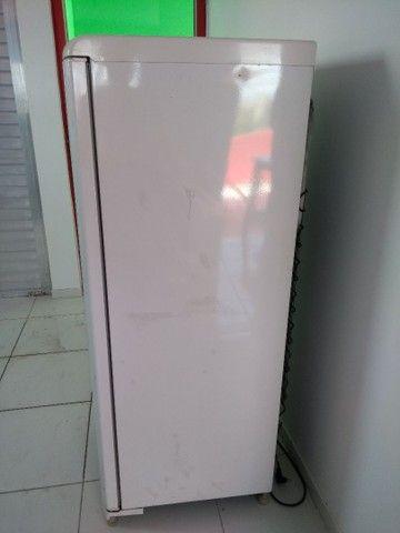 Vendo urgente geladeira - Foto 5
