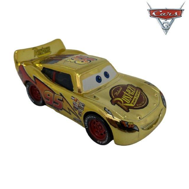 Mcqueen Dourado Filme Carros Disney Mattel Miniatura Mcqueen 1:55 - Foto 4