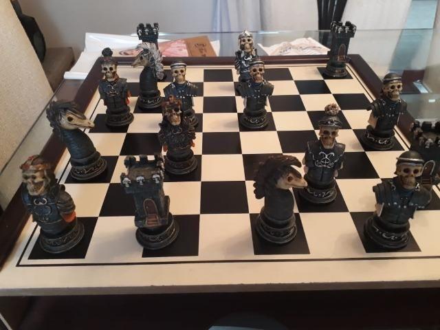 Jogo de xadrez temático medieval - Foto 3