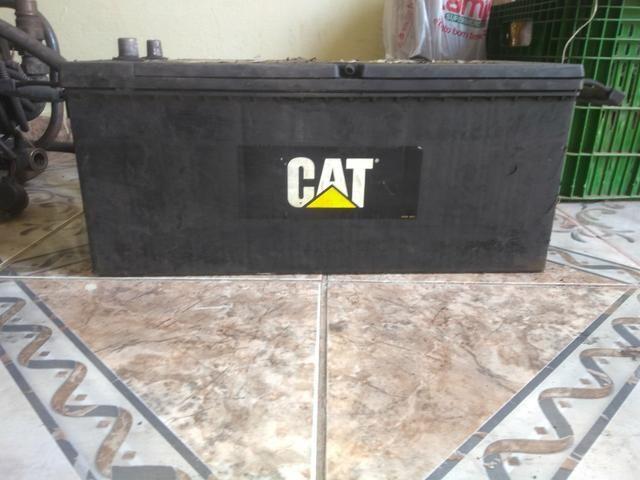 Bateria CAT usada 100 Ampére 4 meses de uso