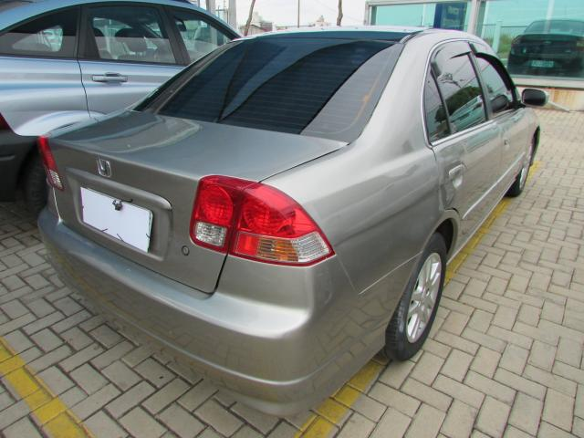HONDA CIVIC 2005/2005 1.7 LX 16V GASOLINA 4P MANUAL - Foto 2