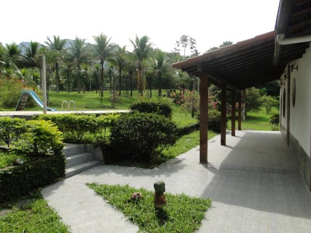 Guapimirim Sítio 97.000m², sede com 4 Quartos, piscina e campo - Foto 6