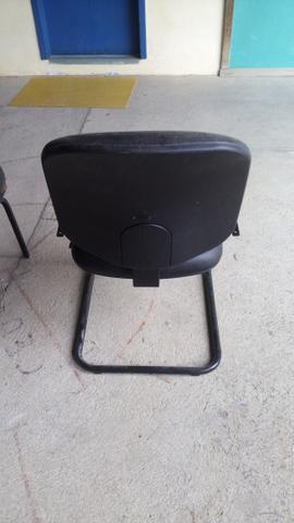 Cadeiras com base fixa - Foto 3