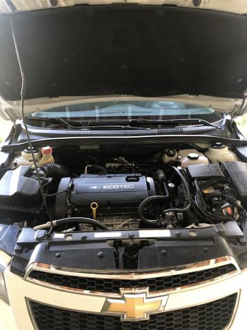 Vendo cruze LT, Gnv, automático banco de couro, carro está revisado, top - Foto 2