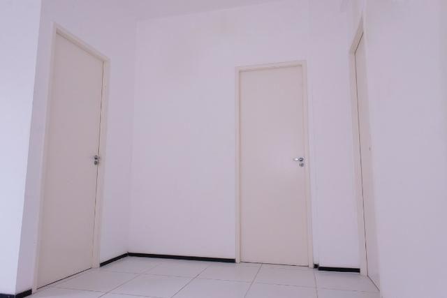 Vendo apartamento em Fortaleza no bairro Lagoa Redonda com 3 quartos, 189.900,00 - Foto 9