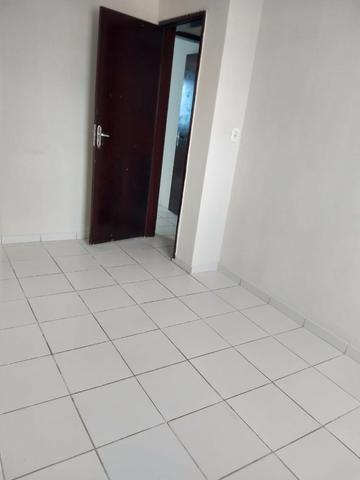Apartamento para Aluguel - em Barro Duro - Foto 5