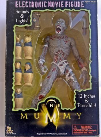 Vendo boneco múmia (vídeo na descrição)