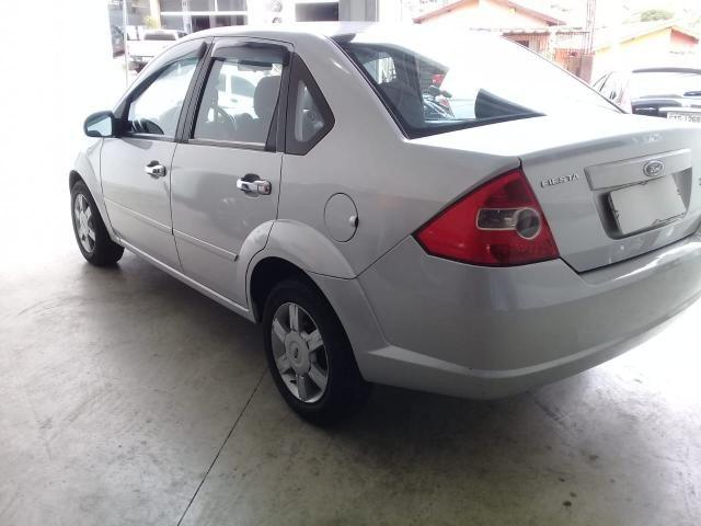 FORD Fiesta Sedan 1.0 4P - Foto 4
