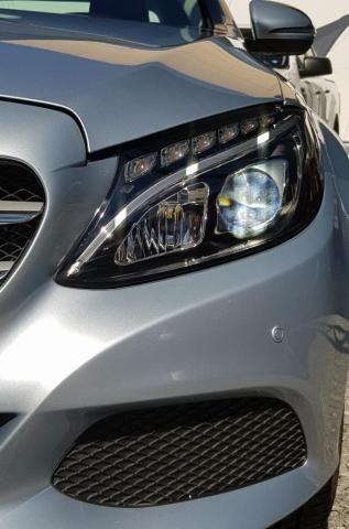Mercedes C 180 1.6 CGI activeflex Exclusive 7G-Tronic 2016 - km baixo - Foto 2