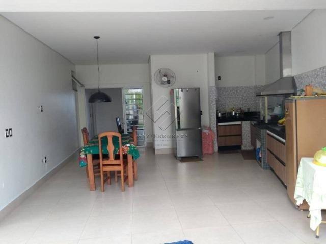 Casa no Condomínio Alphaville I, com 382 m² - 05 Suítes I Locação I Mobiliada - Foto 2