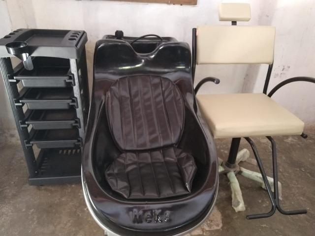 Kit novo completo de cabeleireiro lavatório cadeira e carrinho auxiliar - Foto 5
