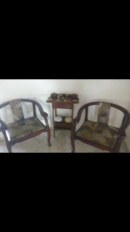Vendo duas cadeiras R$100