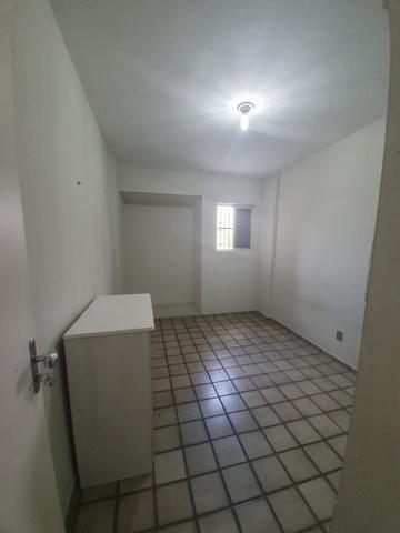 Apartamento espaçoso 3/4 sendo 1 suite - barro vermelho - Foto 8
