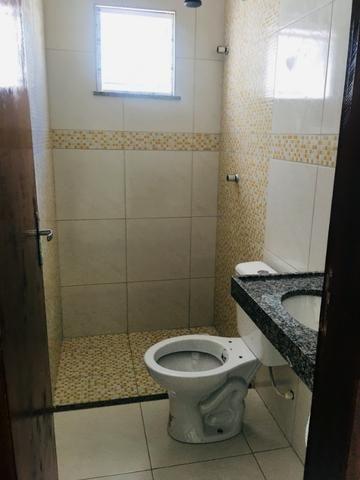Linda casa com documentação gratis:fino acabamento, 3 quartos , 2 banheiros , 3 vagas - Foto 17