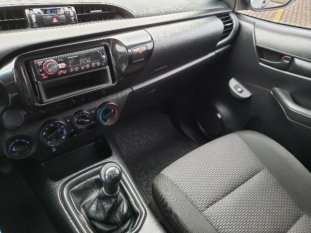 Toyota Hilux STD 2.8TDi 4x4 - Foto 15