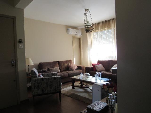 Apartamento três dormitórios,quarto andar - Foto 2
