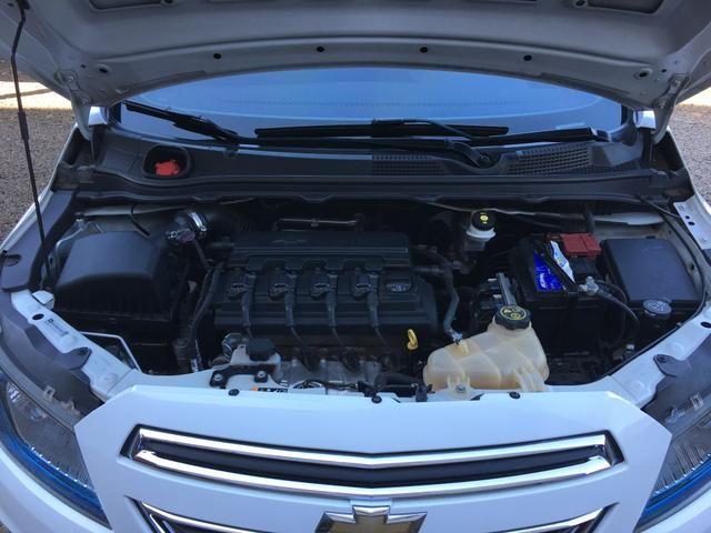 Vendo Chevrolet Onix 1.4 LTZ 2015 Impecável - Foto 11