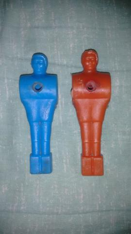 Boneco Pebolim Azul 10,0 Cm Vermelho 10,4 Cm R$ 20,00 Os Dois