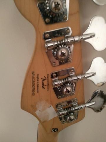 Contrabaixo Fender Squier Standard Jazz Bass Sunburst (Deep red) - Foto 4