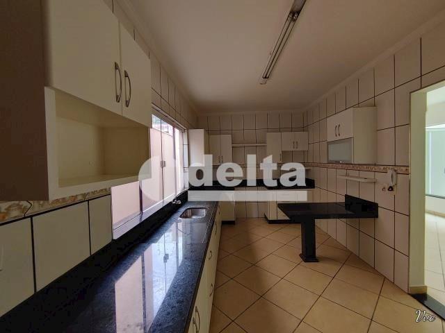Casa à venda com 3 dormitórios em Presidente roosevelt, Uberlândia cod:33959 - Foto 2