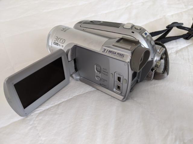 Filmadora Mini DV 3CCD Panasonic - Foto 2