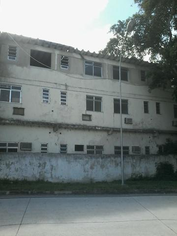 Aluga ou Vende hotel desativado com lanchonete e área para lazer