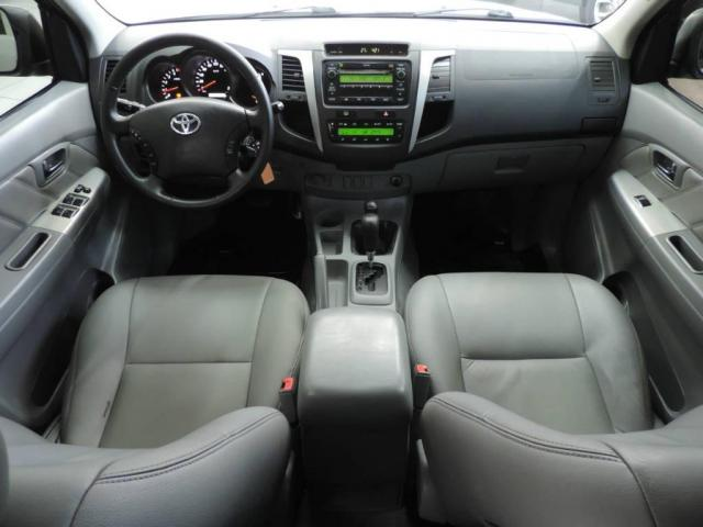 Toyota Hilux SRV CD 4X4 - Foto 3