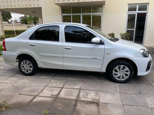 Etios sedan 1.5 automático 2018 perolado - Foto 9