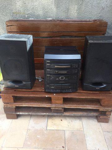 Som antigo radio, toca fitas, disco e CD
