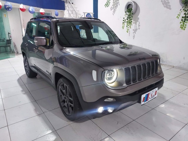 Renegade Limited 2019 - Foto 4