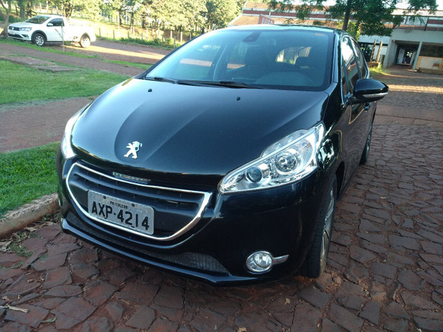 Peugeot 208 - 2014 - griffe automático