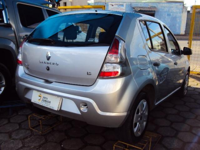 Renault sandero 2014 1.0 authentique 16v flex 4p manual - Foto 3
