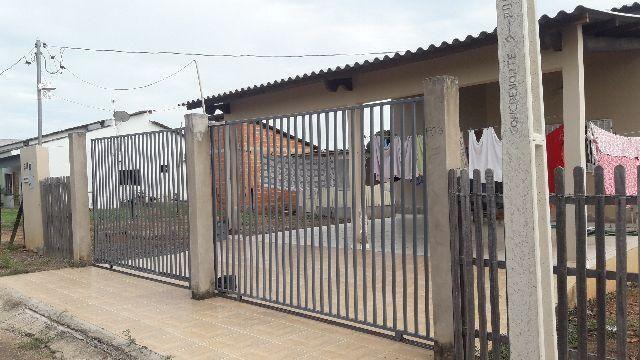Casa nova urbana mobiliada próxima ao Aeroporto
