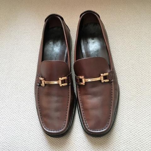 dec4453e24605 Sapato Salvatore Ferragamo Couro Marrom 42 Usado - Roupas e calçados ...