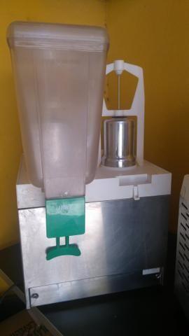 Maquina de fazer suco venancio e ibbl