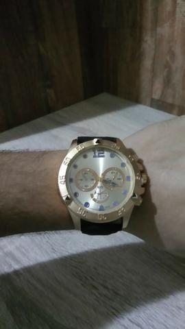 Relógio Dourado (NOVO)