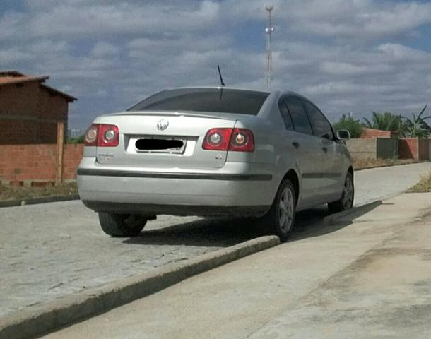 Vende se polo sedan - Foto 3