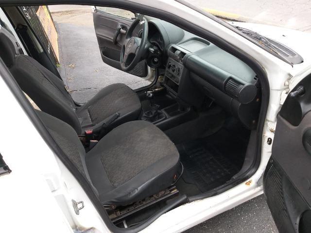 Corsa Sedan Classic 1.0 8 Válvulas - Foto 7