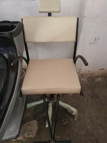 Kit novo completo de cabeleireiro lavatório cadeira e carrinho auxiliar - Foto 2