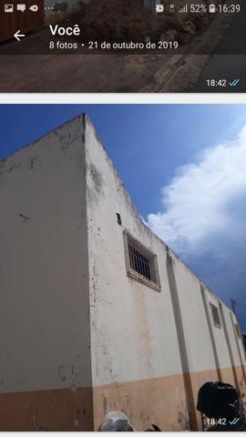 Barracao +casa moradia