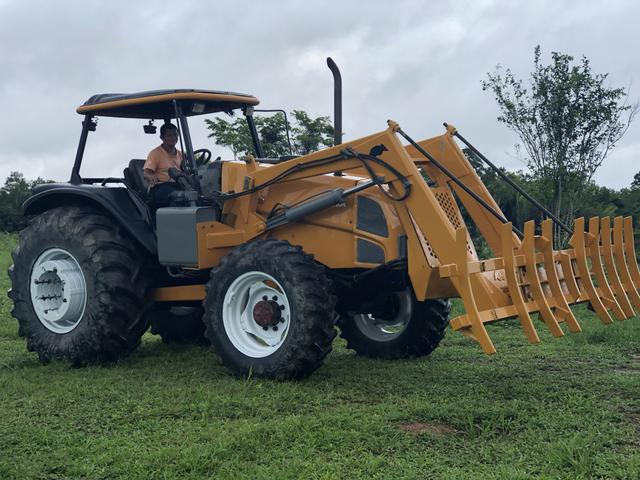 Trator valtra BM 110 4X4