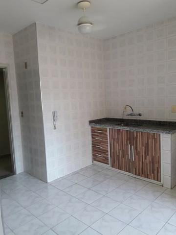 Apartamento em Irajá, [Excelente Estado], 02 Quartos, Sala, Garagem etc - Foto 8