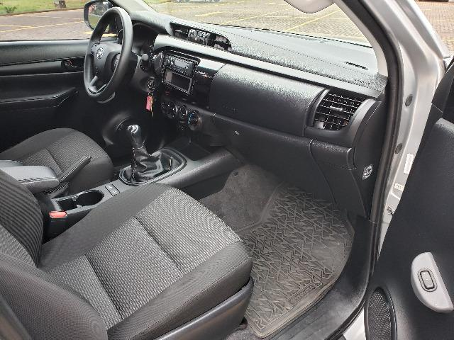 Toyota Hilux STD 2.8TDi 4x4 - Foto 9