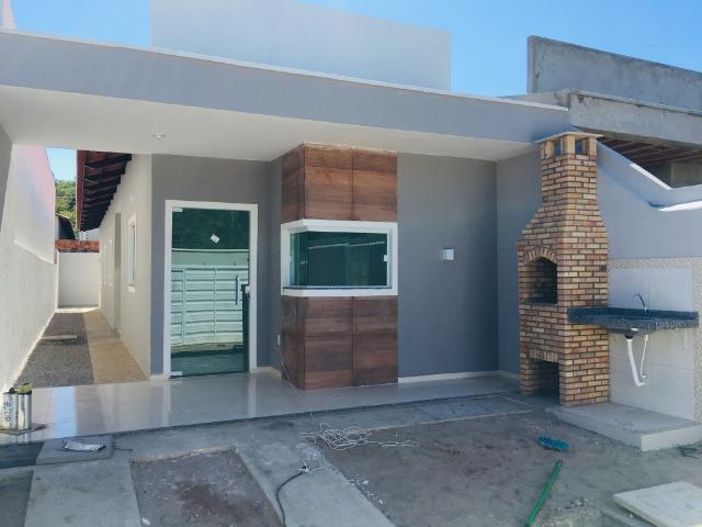 Linda casa com documentação gratis:fino acabamento, 3 quartos , 2 banheiros , 3 vagas