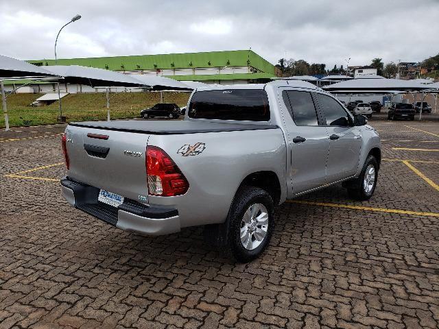 Toyota Hilux STD 2.8TDi 4x4 - Foto 4
