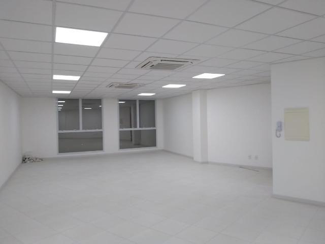 Sala Comercial Pedra Branca - Foto 2