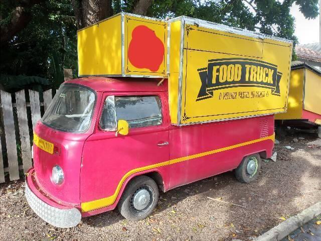 Kombi food truck, pronta pra uso. Leia. valor 9 mil só a vista